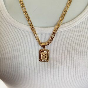 """New 18k gold """" S """" necklace"""